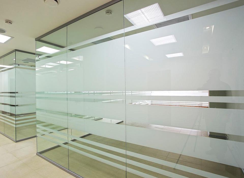 Изготовление интерьерных стекол